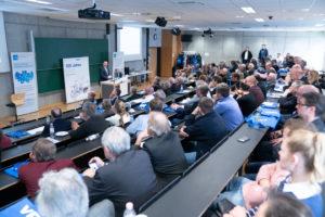 """Georg Pins referierte kompetent und mit starkem regionalen Bezug zum Themenschwerpunkt """"Smart Production""""."""