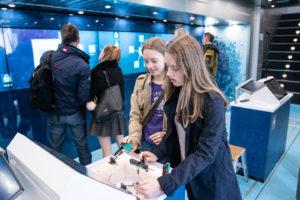 Die Zukunft des Ingenieurstandes ist verstärkt weiblich: Es gilt daher, auch Mädchen nachhaltig für Technik zu begeistern.